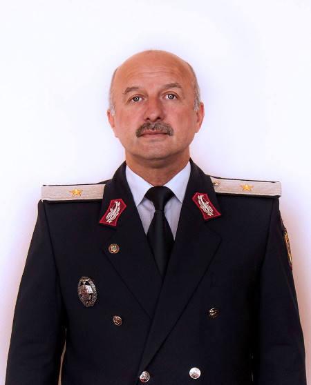 Noul inspector general al pompierilor  recrutat de tanar de organele de contrainformatii militare | imaginea 1