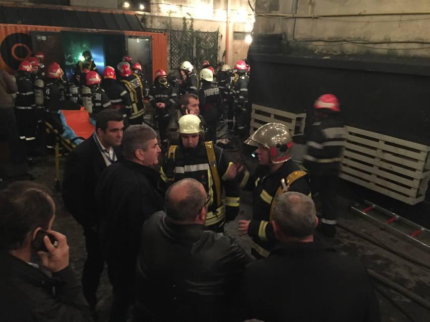 27 de morti si 162 de raniti in urma unui incendiu izbucnit la un club din Capitala | imaginea 2