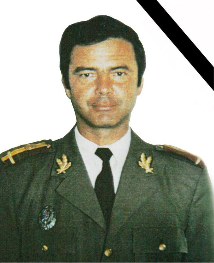 In memoriam Locotenent colonel p m  Barbu Adrian | imaginea 1
