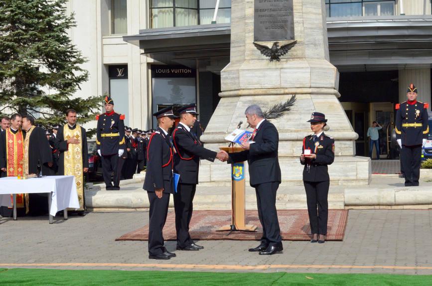 Pompier botosanean declarat  Salvatorul de Onoare al Anului | imaginea 1